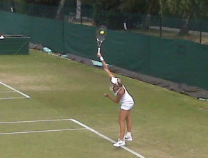 Kristina Mladenovic serving it up